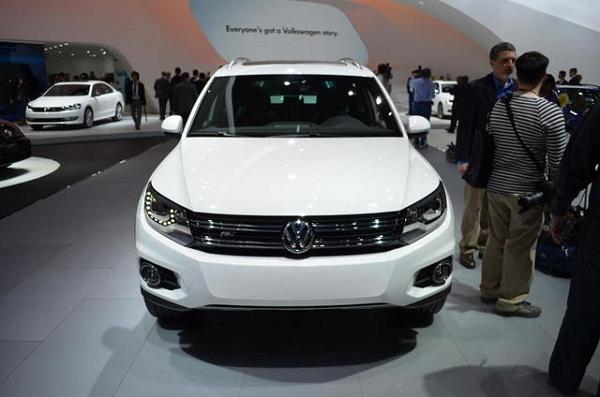 Фото обзор Volkswagen Tiguan R-Line 2014