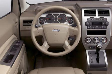 jeep_compass_salon