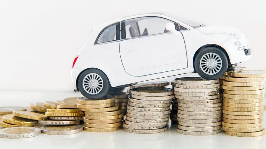 Автомобили на российском рынке вновь подорожали